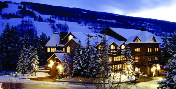 Vail Mountain Lodge, Exterior at Dusk