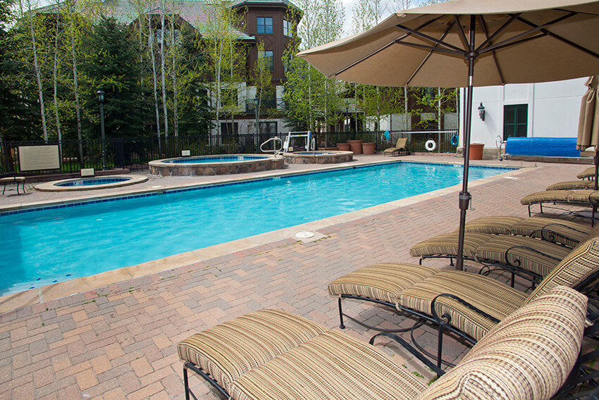 year round heated pool at the Hyatt Mountain Lodge in Beaver Creek, CO