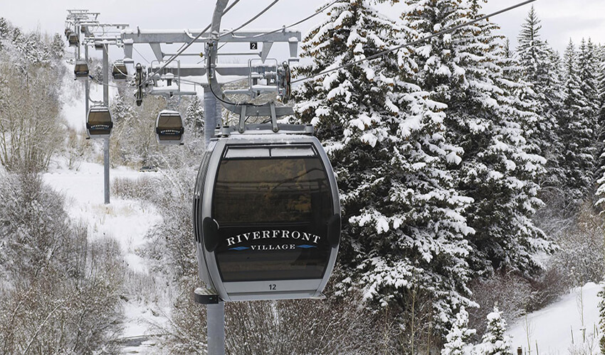 Ski-in, Ski-out access from the Westin Riverfront Mountain Villas to Beaver Creek via the Riverfront Gondola